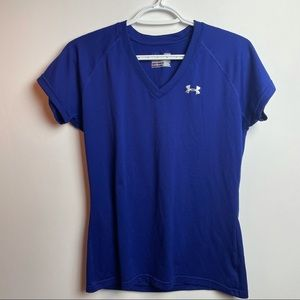 UNDER ARMOUR WORK OUT TOP SOZE SMALL
